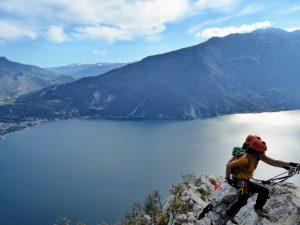 Travel challenges adventurers