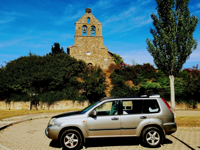 Living and travelling in Northern Spain in Nissan X-trail Camping car