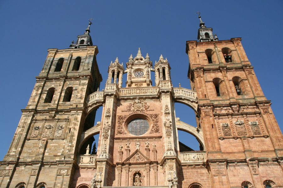 A Tourist Guide to León, Spain: 10 free things to do in León
