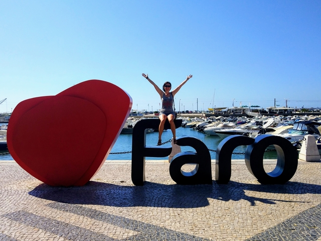 Traveling and living in car Portugal Faro